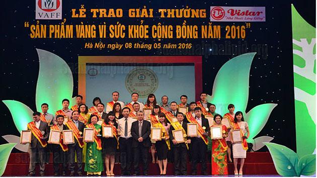 Các doanh nghiệp nhận giải thưởng sản phẩm vàng vì sức khỏe cộng đồng năm 2016